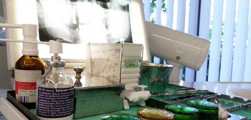 Manuka Honig bei Zahnproblemen